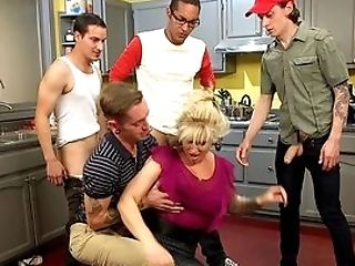 Matures Bimbo Ryan Conner Offers Up Her Cunt To Youthfull Bucks In The Kitchen