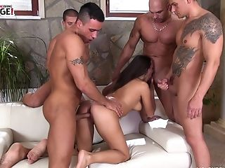 Chisel Greedy Mea Melone Luvs The Best Group Sex You'll Ever See
