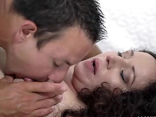 Awesome Lila Tuft Knows How To Satiate A Super-naughty Neighbor