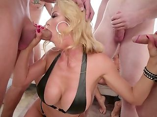 Crazy Blowbang Ending Up With Mass Ejaculation Scene