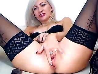 First-timer Orgy Vids Gorgeous Web Cam Gal Orgasms No 1