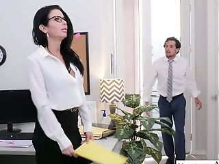 Bang-out-appeal Assistant Veronica Avluv Shows Talents Of Her Vagina And Mouth