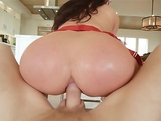 Bootylicious Dark-haired Loves Rough Anal Intercourse In The Bathroom