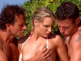Strong Threesome Lovemaking At The Beach For Wild Katy Caro